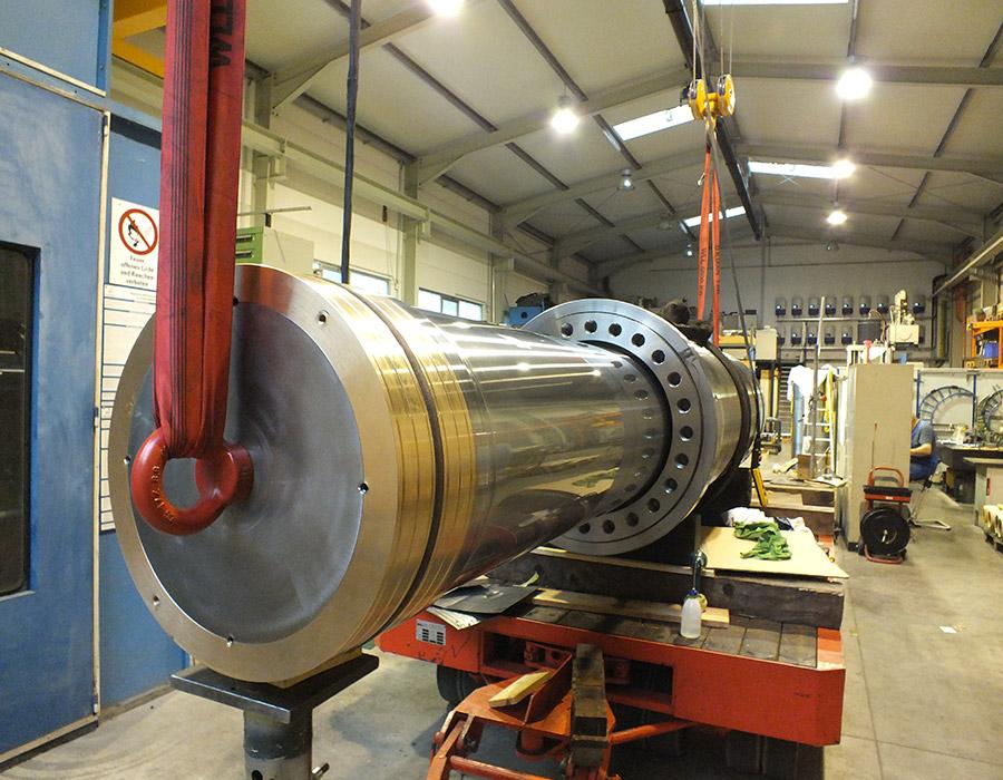 Montage Hydraulikzylinder